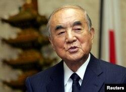 나카소네 야스히로 전 일본 총리.