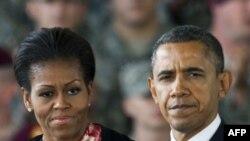 Başkan Obama ve Eşi Michelle'den Noel Mesajı