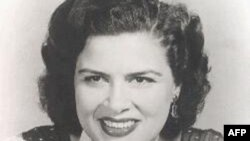 Patsy Cline là một trong những ca sĩ được yêu mến nhất nước Mỹ