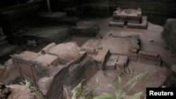 Pemandangan situs arkeologi Joya de Ceren, pemukiman manusia dari periode klasik antara 300 dan 950 BC, di San Juan Opico, sekitar 43 km dari San Salvador, 18 Mei 2010.