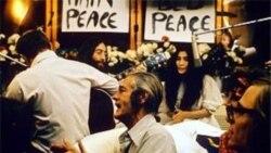 یادمان جان لنون و صلح جهانی در غرفه لیورپول نمایشگاه جهانی شانگهای