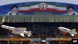 تمرینات نظامی ایران در نزدیک سرحد با افغانستان