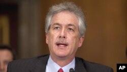 """El subsecretario de Estado William Burns apeló al """"poder de la proximidad"""" en las Américas."""