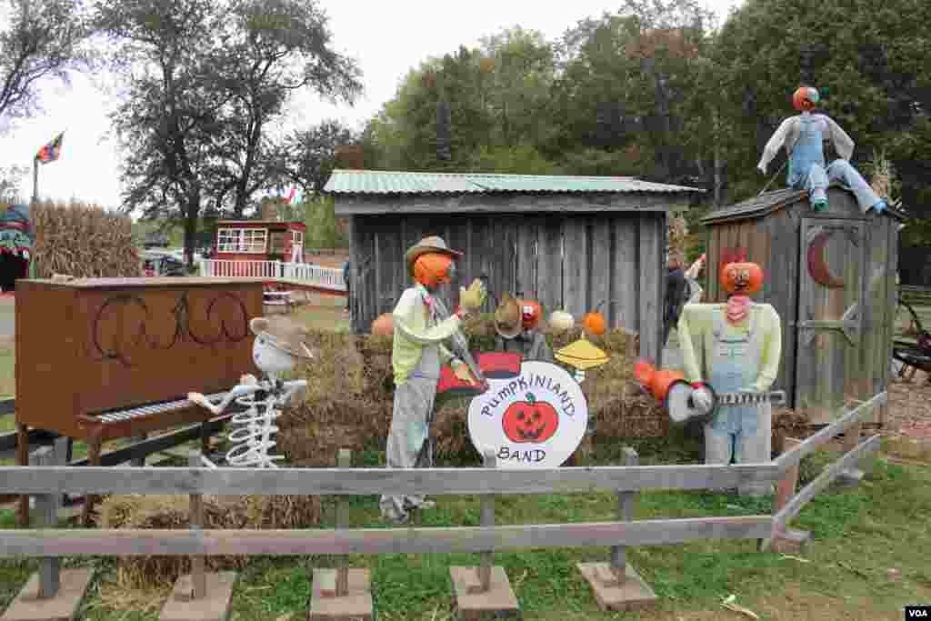 La granja familiar Butler´s Orchard abre sus puertas a la temporada de calabazas, en Germantown, Maryland.