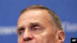 Τζόουνς: Απαραίτητη η συνεργασία ΗΠΑ-Ρωσίας για την καταπολέμηση του οργανωμένου εγκλήματος