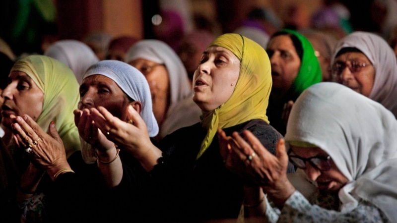 عید پر غیر محفوظ عیدگاہوں اور مساجد کا رُخ نہ کریں: پولیس ہدایت نامہ