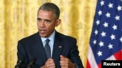 Tổng thống Mỹ Barack Obama phát biểu trong cuộc họp báo chung với Thủ tướng Italy Matteo Renzi ở Tòa Bạch Ốc, Washington 17/4/2015.