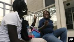 Buruknya mutu sekolah menyebabkan banyak siswa Amerika keturunan Afrika putus sekolah. Tetapi, Sekolah Jurnalisme dan Seni Media Richard Wrights memastikan para siswa terus bersekolah dan punya jenjang karir (foto: Dok.).