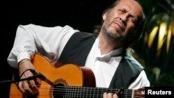 El guitarrista español se encontraba de vacaciones con su familia en Cancún.