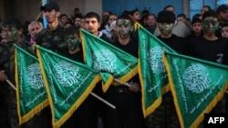 گروه اسلامگرای حماس با حمایت جمهوری اسلامی ایران به مبارزه با اسرائیل مشغول بود.