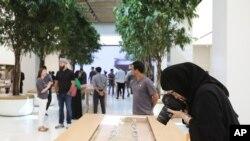 Vista de la nueva tienda de Apple en Dubai, en los Emiratos Árabes Unidos. 27 de Octubre de 2015