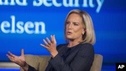 La secretaria de Seguridad Nacional, Kirstjen Nielsen, habla en el Centro de Ciberseguridad y Seguridad Nacional de la Universidad George Washington, 5 de septiembre de 2018.