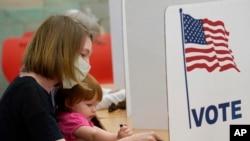 Zgjedhësit votojnë në Misisipi