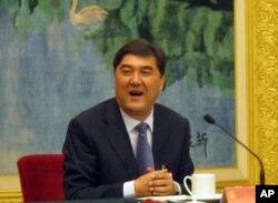新疆政府主席努尔•白克力