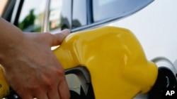 Angola: Taxistas da Huíla Detidos por Aumentarem Bandeirada
