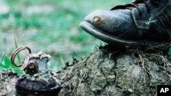 ماین های تعبیه شده روزمره در افغانستان قربانی میگیرد
