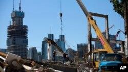 지난 6월 중국 베이징 경제중심지구의 재개발 공사현장. (자료사진)