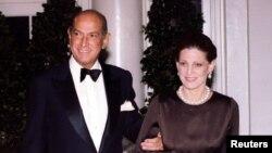اسکار دلا رنتا و همسرش