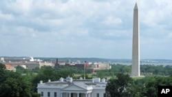 L'obélisque de Washington (arrière-plan) et la Maison Blanche