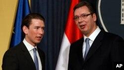 Šef austrijske diplomatije Sebastijan Kurc i srpski premijer Aleksandar Vučić tokom susreta u Beogradu