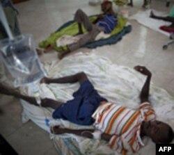 Oboleli od kolere na Haitiju