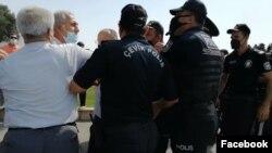 Müsavat Patyiyası fəalları ilə polis atrasında insident olub