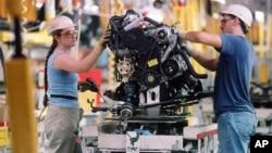 Ouvriers de l'usine Toyota à Georgetown, Kentucky, USA, 23 août 1989.