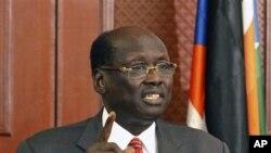Bộ trưởng Thông Tin Nam Sudan Barnaba Marial Benjamin.