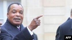 Denis Sassou Nguesso mokonzi ya Congo-Brazzaville na mobembo na Paris, France, le 11 novembre 2018.