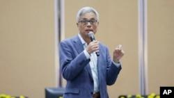 2019年11月8日,香港科技大學校長史維教授在校園對學生講話。