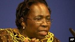Dalam upacara pembukaan KTT, Ketua Uni Afrika Nkosazana Dlamini-Zuma mengatakan harapan bagi masa depan benua itu terletak pada kemampuannya menjaga perdamaian (foto: Dok).
