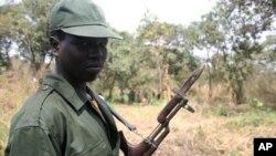 蘇丹軍人防衛。