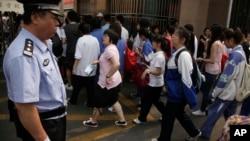 北京高考学生 (资料照片)