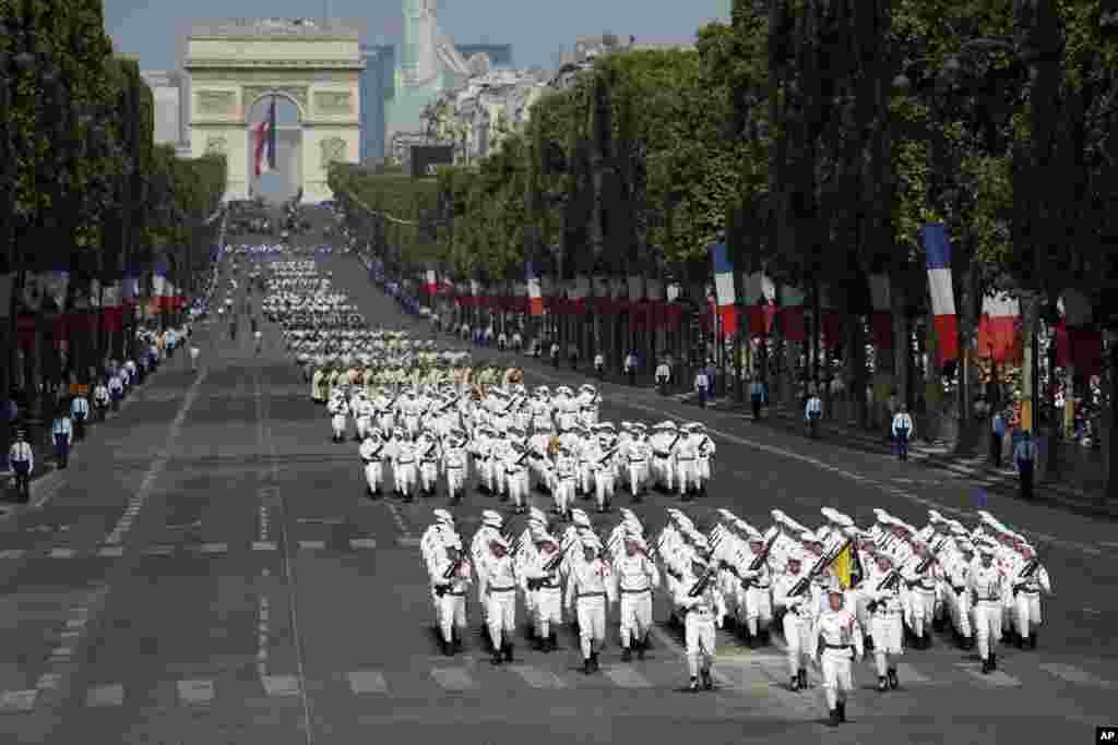 Fransada Bastiliya günü