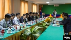 "At a special meeting at the National Assembly Monday, Rescue Party President Sam Rainsy told representatives from at least 10 groups that his party's goal ""is the same as yours: We don't want the law to pass."""