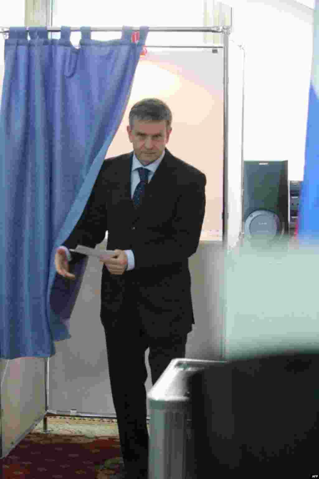 Посол России в Украине Михаил Зурабов отмечает повышенный интерес россиян к президентским выборам