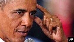 بارک اوباما از امریکایی ها خواسته است تا به اظهارات مسلمان ستیزانۀ افراد گوش ندهند.