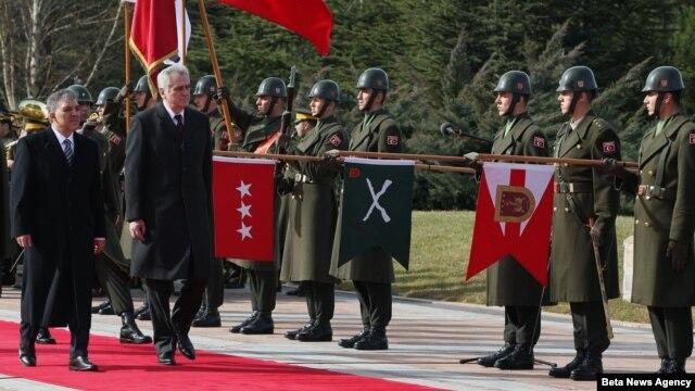Turski predsednik Abdula Gul sa srpskim predsednikom, Tomislavom Nikolićem u Ankari u Turskoj