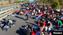 پلیس مقابل معترضان - آرشیو