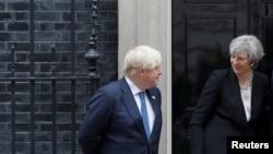Tereza Mej i Boris Džonson koji ostaje na mestu minsitra spoljnih poslova