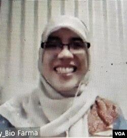 Peneliti Biofarma, Neni Nurainy, narasumber diskusi daring bertema Vaksin dan Jamu, Rabu (18/11). (Screenshot: VOA/ Yudha Satriawan)