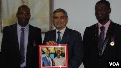 Márcio Fernandes e Gracelindo Barbosa condecorados pelo Presidente de Cabo Verde