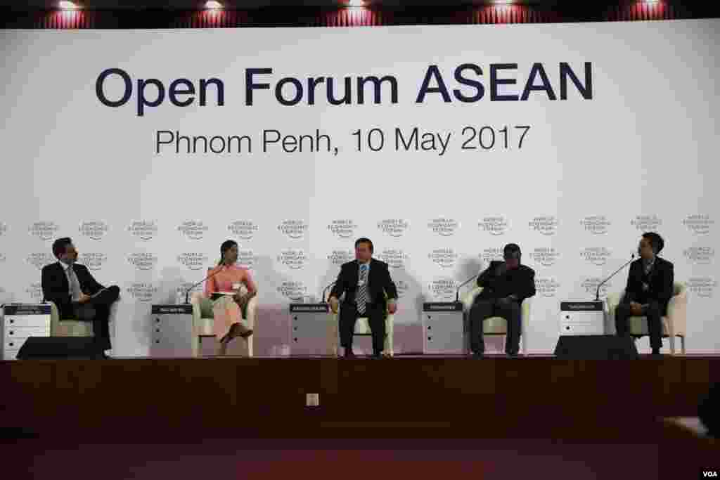 Cambodia hosts World Economic Forum on ASEAN in Phnom Penh, Cambodia, May 10, 2017. (Hean Socheata/VOA Khmer)