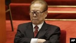တ႐ုတ္သမၼတေဟာင္း Jiang Zemin.