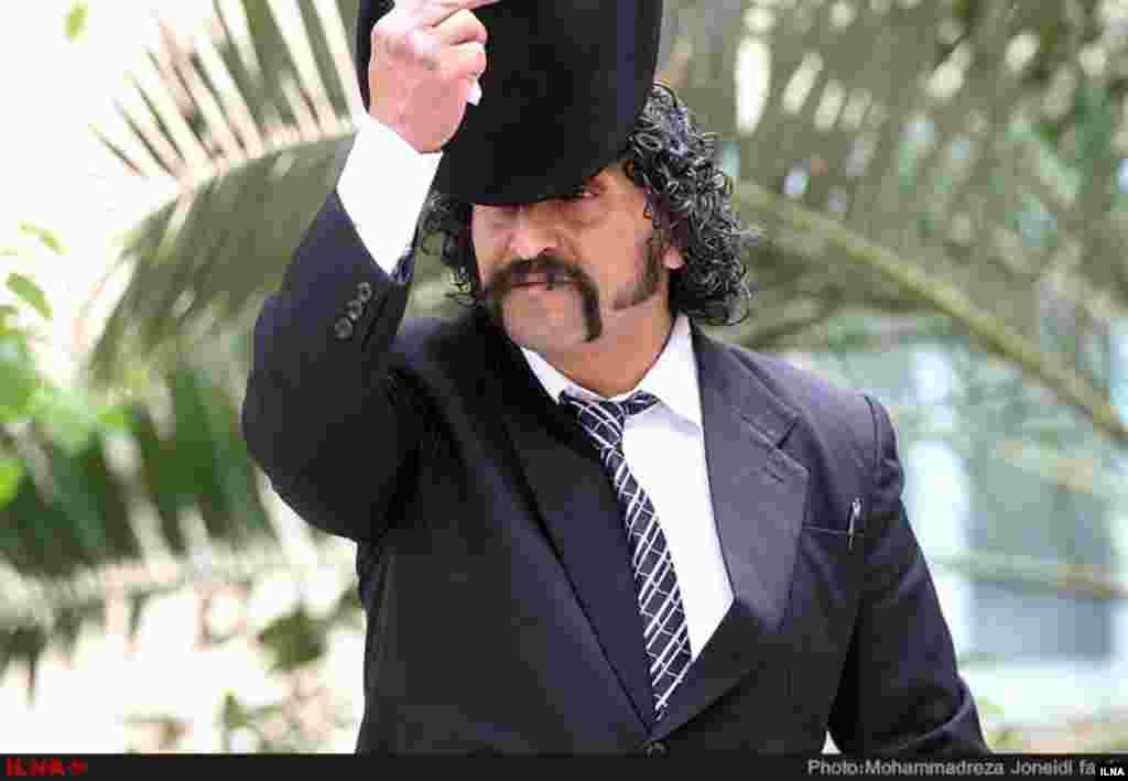 برداشتن کلاه از سر خود برای گذاشتن کلاه بر سر انتخابات عکس: محمدرضا جنیدی فرد