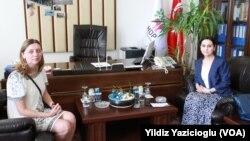 HDP Eş Genel Başkanı Figen Yüksekdağ muhabirimiz Yıldız Yazıcıoğlu'lya birlikte
