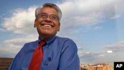 El activista Eliseo Medina asegura que hay conciencia entre los latinos que para exigir hay que votar