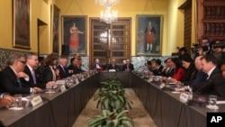 """Un grupo de cancilleres del hemisferio reunidos en Lima, Perú, decidieron no reconocer a la Asamblea Constituyente de Venezuela, ni sus actos por considerarla """"ilegítima""""."""