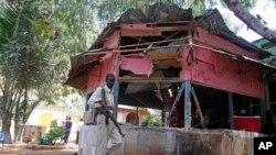 Militar somali perto do restaurante Village, 02 de Janeiro, 2016