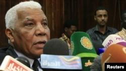 سوڈان کے وزیر اطلاعات احمد بلال عثمان ایک پریس کانفرنس میں